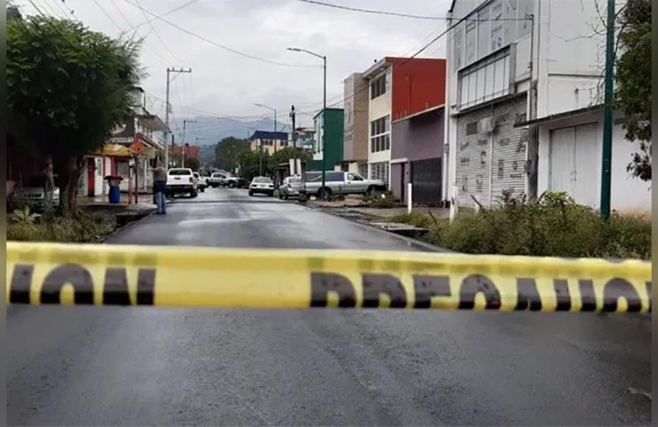 Acribillan desde un taxi a una mujer policía integrante del Grupo Panteras