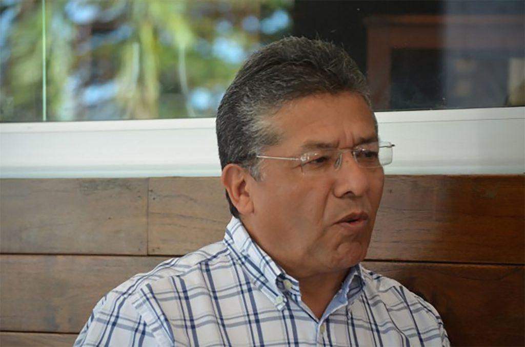Uriel Flores