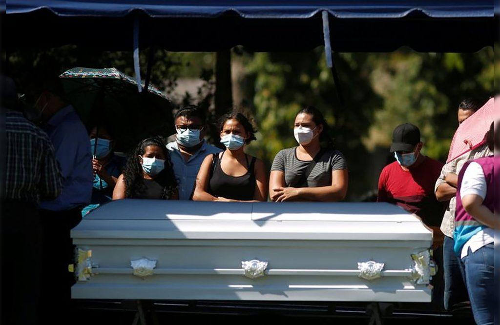 Victoria Salazar fue sepultada en su país natal