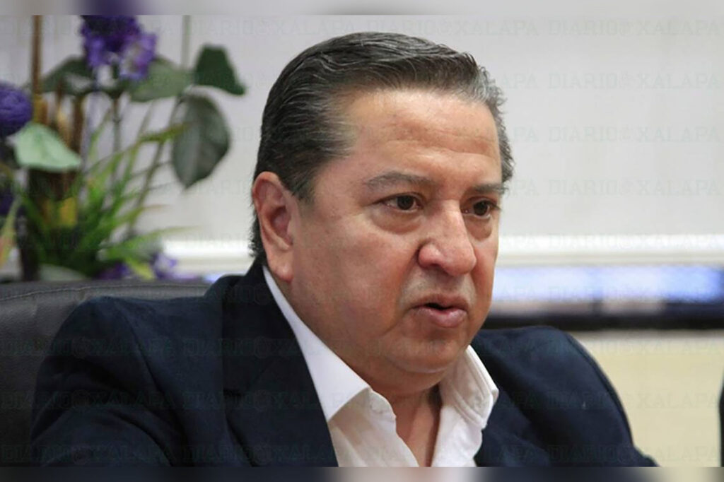 Rector Rafael Vela Martínez